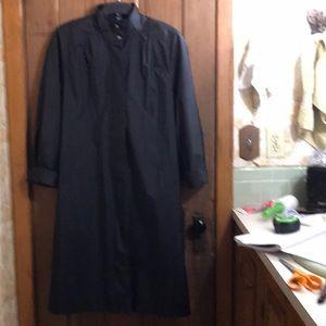 6 black Petite Essentials trench/rain coat